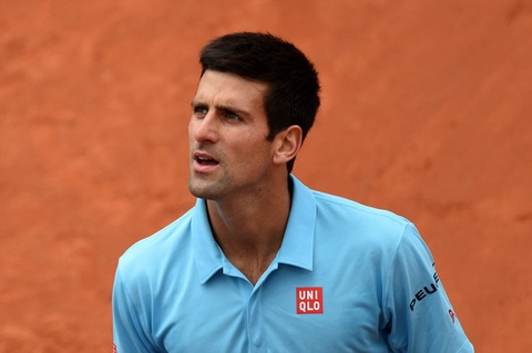 Djokovic 3-1 Gulbis: Doat ve vao chung ket thuyet phuc hinh anh