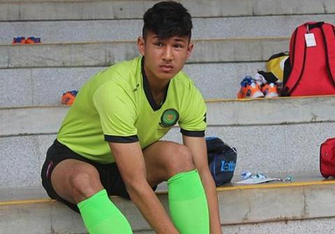 Cau thu tre Chelsea hao huc do tai voi U23 Viet Nam hinh anh