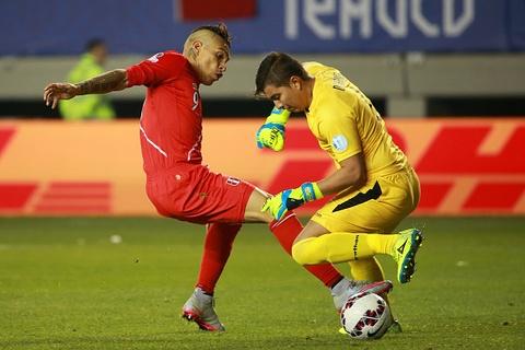 DT Peru vao ban ket Copa America sau khi ha Bolivia 3-1 hinh anh