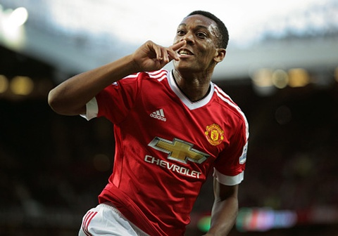 'Henry moi' ghi ban trong tran ra mat, MU ha Liverpool 3-1 hinh anh