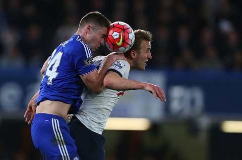 Chelsea hoa Tottenham 2-2, Leicester vo dich ngoai hang Anh hinh anh