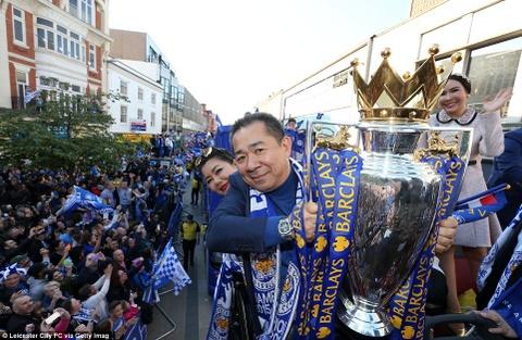 240.000 fan Leicester du le dieu hanh mung chuc vo dich hinh anh 12