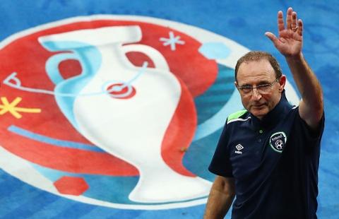 CDV tran nuoc mat khi CH Ireland danh bai Italy hinh anh 4