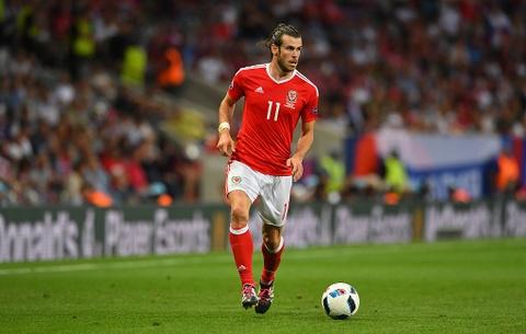 Ronaldo sut nhieu nhat truoc vong 1/8 Euro 2016 hinh anh 4