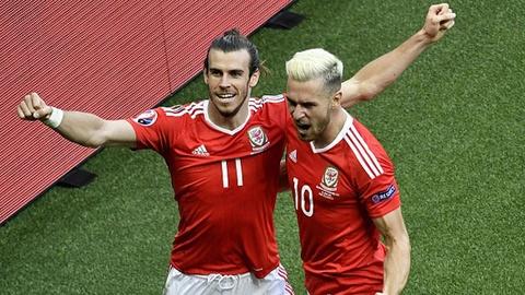 Bale dua xu Wales vao vong 8 doi manh nhat Euro 2016 hinh anh
