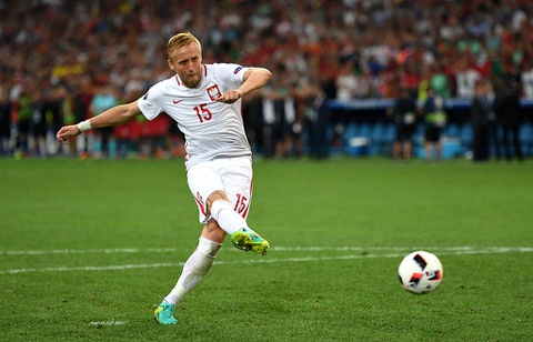 Doi hinh trong mo o tu ket Euro 2016 hinh anh 3