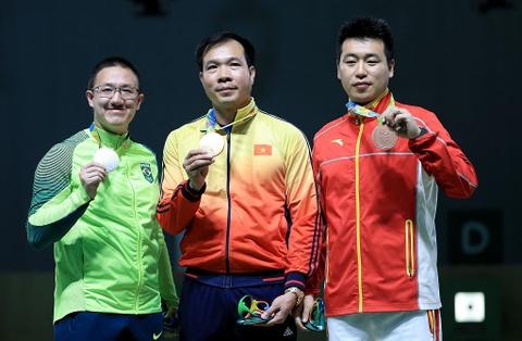 Hoang Xuan Vinh gay an tuong manh voi tam HCB Olympic hinh anh 8