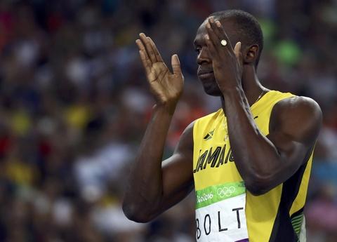 'Tia chop' Bolt tiep tuc cuoi doi thu khi ve nhat o Olympic hinh anh 6