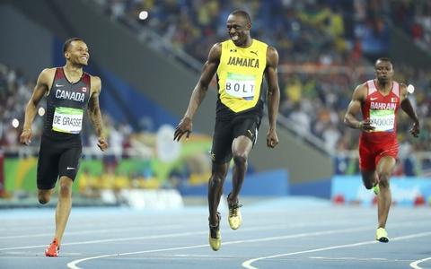 'Tia chop' Bolt tiep tuc cuoi doi thu khi ve nhat o Olympic hinh anh 4