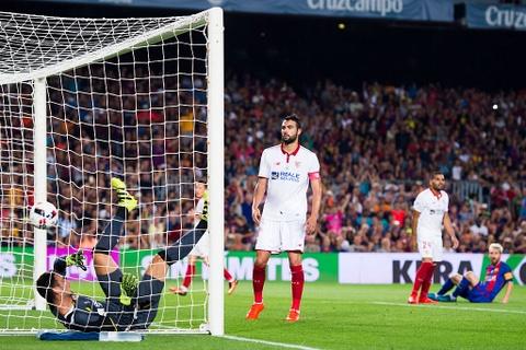 Thang chung cuoc 5-0, Barca doat sieu cup Tay Ban Nha 2016 hinh anh 8