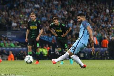 Aguero ghi 3 ban, Man City cua Guardiola ra quan hoan hao hinh anh 6