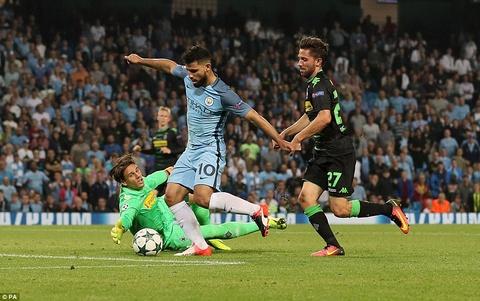 Aguero ghi 3 ban, Man City cua Guardiola ra quan hoan hao hinh anh 9