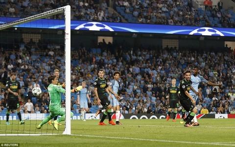 Aguero ghi 3 ban, Man City cua Guardiola ra quan hoan hao hinh anh 10