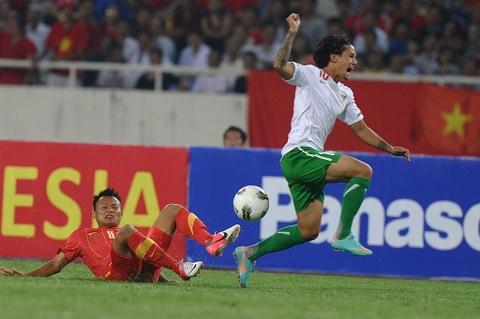 Nhung cau thu vang mat dang tiec tai vong bang AFF Cup 2016 hinh anh 3