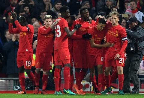 Liverpool vao ban ket League Cup voi 2 ky luc hinh anh 1