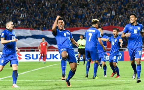 Thai Lan an ui cau thu Indonesia sau chung ket AFF Cup hinh anh 5