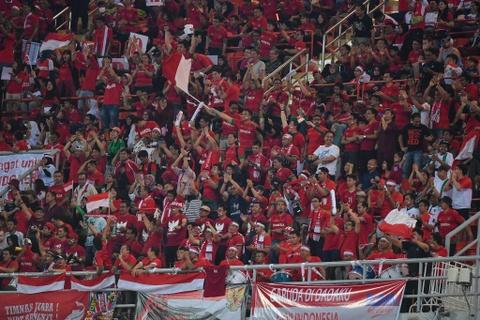 Thai Lan an ui cau thu Indonesia sau chung ket AFF Cup hinh anh 7