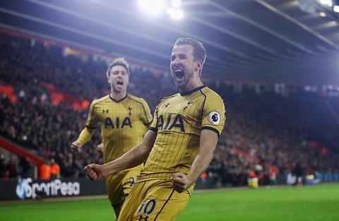 Harry Kane giup Tottenham de doa vi tri cua Arsenal hinh anh 4