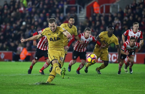 Harry Kane giup Tottenham de doa vi tri cua Arsenal hinh anh 7