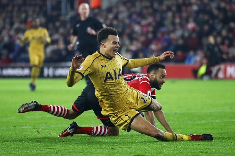 Harry Kane giup Tottenham de doa vi tri cua Arsenal hinh anh 6