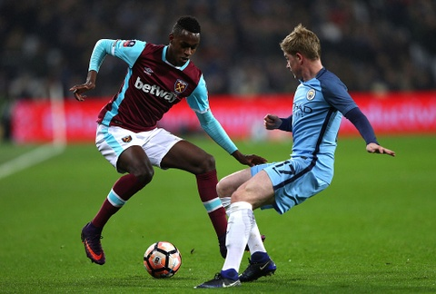 Aguero ghi ban dep mat, Man City thang West Ham 5-0 hinh anh 2