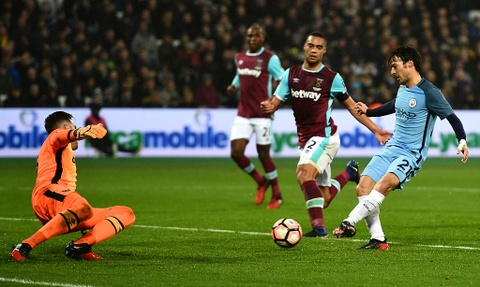 Aguero ghi ban dep mat, Man City thang West Ham 5-0 hinh anh 6