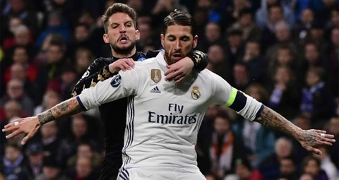 Real thong linh doi hinh luot di vong 1/8 Champions League hinh anh 4