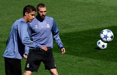 Ronaldo da bong ma dinh cao truoc khi doi dau Atletico hinh anh 3