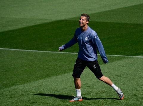 Ronaldo da bong ma dinh cao truoc khi doi dau Atletico hinh anh 6