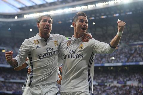 Ronaldo an mung nhu vi vua, noi co dong vien ngung la o hinh anh 6
