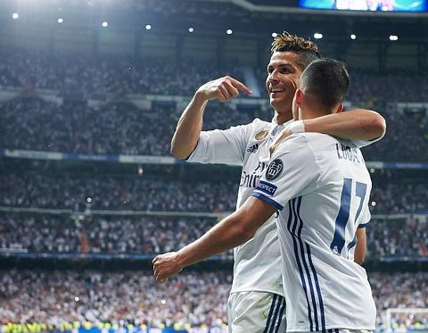 Ronaldo an mung nhu vi vua, noi co dong vien ngung la o hinh anh 7