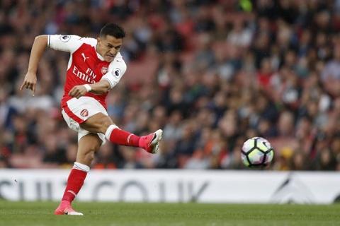 Sanchez giup Arsenal nuoi hy vong du Champions League hinh anh 5