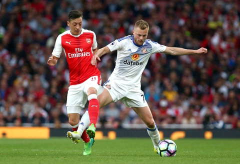 Sanchez giup Arsenal nuoi hy vong du Champions League hinh anh 4