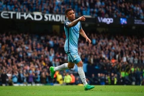 Man City dan diem trong cuoc dua gianh ve Champions League hinh anh 2