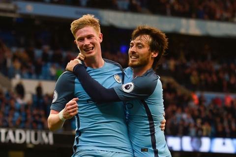 Man City dan diem trong cuoc dua gianh ve Champions League hinh anh 1