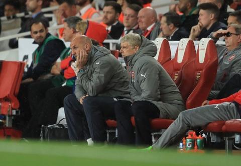Sanchez giup Arsenal nuoi hy vong du Champions League hinh anh 1