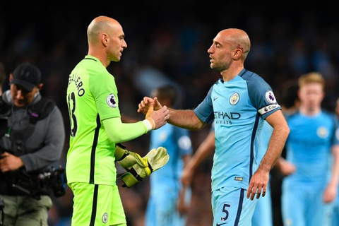Man City dan diem trong cuoc dua gianh ve Champions League hinh anh 7