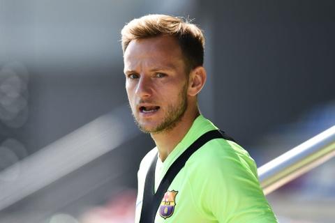 Messi va Neymar buon ba truoc chung ket cup nha vua hinh anh 6