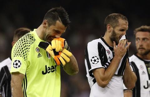 Buffon ngam ngui khi vo duyen voi cup Champions League hinh anh 5