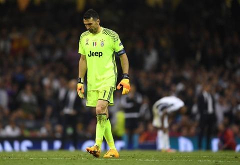 Buffon ngam ngui khi vo duyen voi cup Champions League hinh anh 4