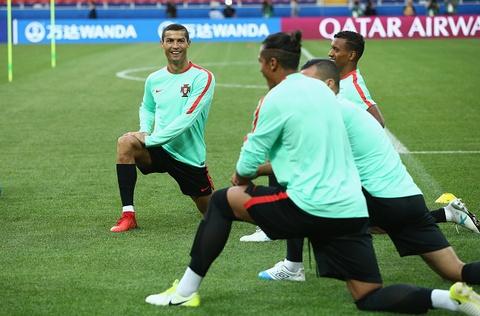 Ronaldo van vui ve du nhan thong bao hau toa hinh anh 3