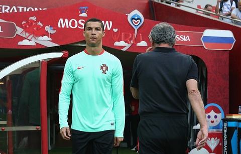 Ronaldo van vui ve du nhan thong bao hau toa hinh anh 1