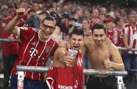 Bayern thang 3-1 trong tran mo man Bundesliga mua giai moi hinh anh 9