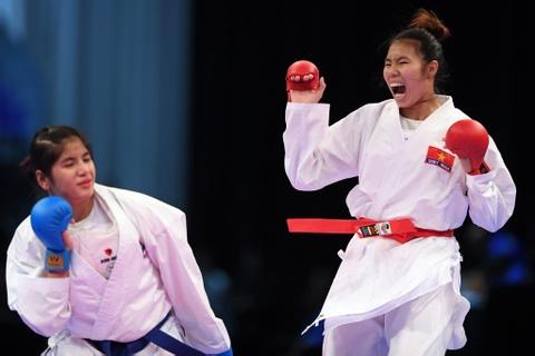 Thang ap dao doi thu Thai Lan, karate VN gianh 2 HCV hinh anh 3