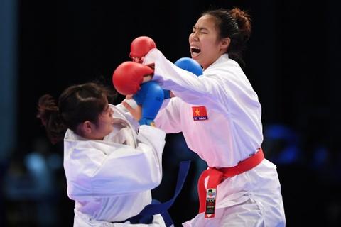 Thang ap dao doi thu Thai Lan, karate VN gianh 2 HCV hinh anh 4