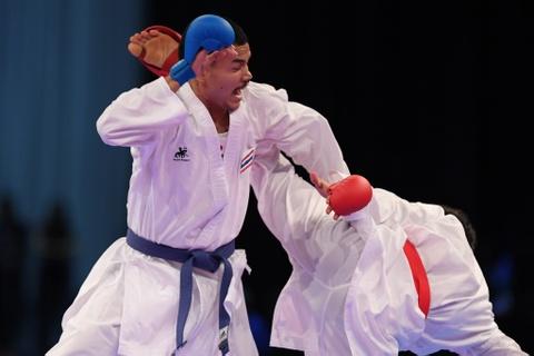 Thang ap dao doi thu Thai Lan, karate VN gianh 2 HCV hinh anh 8