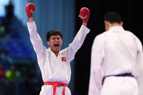 Thang ap dao doi thu Thai Lan, karate VN gianh 2 HCV hinh anh 11