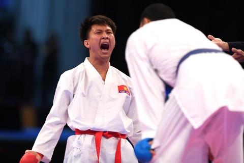 Thang ap dao doi thu Thai Lan, karate VN gianh 2 HCV hinh anh 12