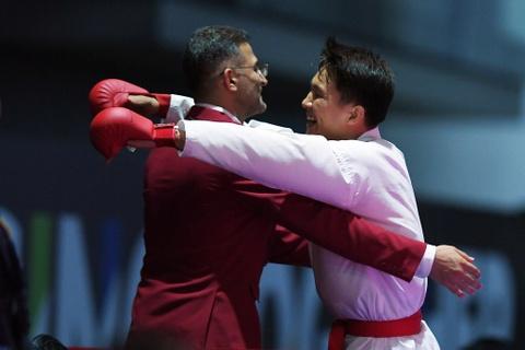 Thang ap dao doi thu Thai Lan, karate VN gianh 2 HCV hinh anh 13