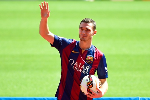 Doi hinh ngoi sao du bi ket hop Real va Barca hinh anh 4